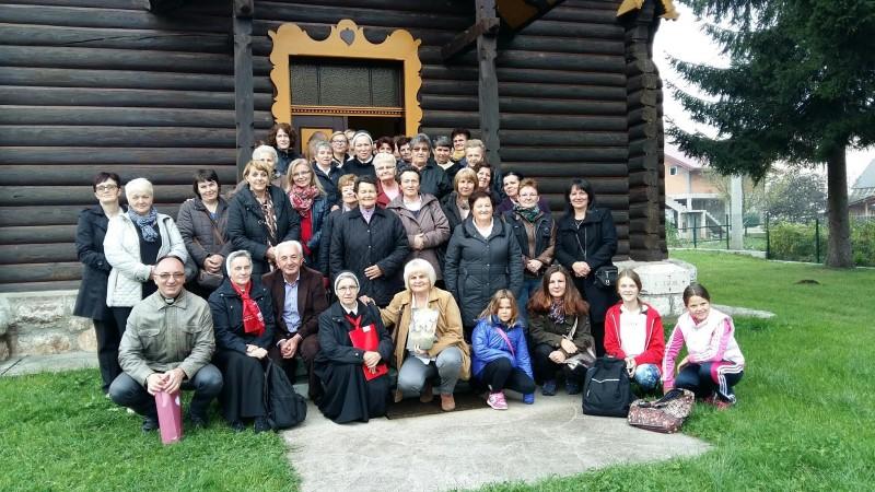 Vjernici iz novotravničkih župa hodočastili putevima blaženih Drinskih mučenica i s. Luke Liengitz
